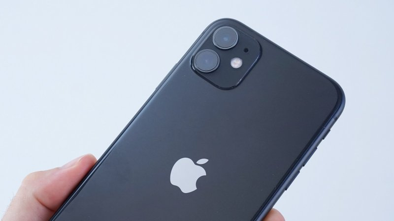 Apple iPhone 11 - detail na zadnú stenu