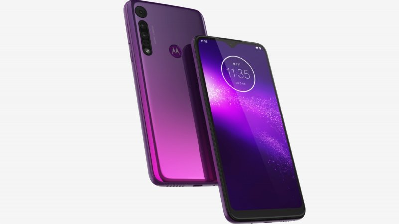 Motorola One Macro press image